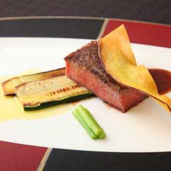 【無料】高級食材を食べ比べ♪厳選黒毛和牛&オマール海老フェア